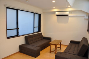 mansion-guestroom-befor01