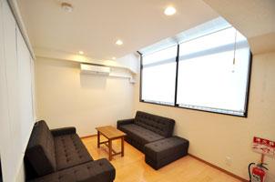 mansion-guestroom-befor02