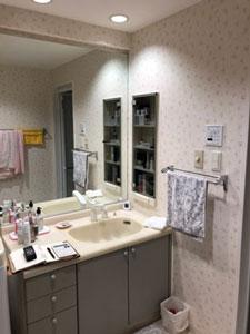 工事前洗面化粧台