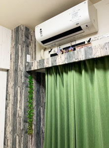 エアコン下壁紙